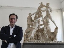 Paolo Giulierini all' interno del museo nazionale archeologico di Napoli